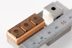 小型電子部品用の写真2