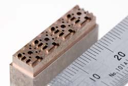 小型電子部品用の写真3
