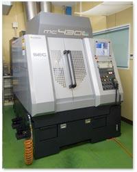 ナルワコーキ、MC(マシニングセンター)の写真1